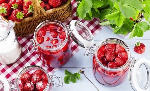 Варенье из клубники с целыми ягодами 5 минутка классический рецепт