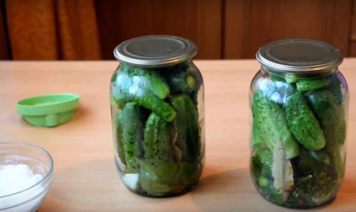 Огурцы консервированные на зиму хрустящие в банках на 1 литр